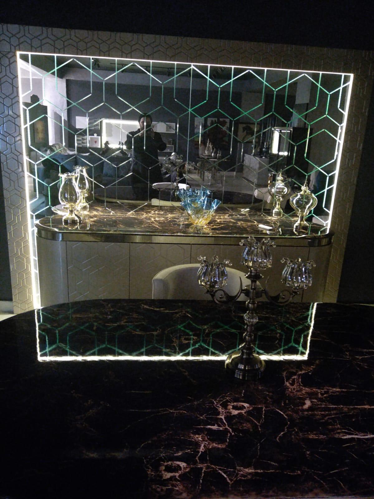 Efor Cam & Ayna - Aynalı Konsol  Cam İşlerimiz